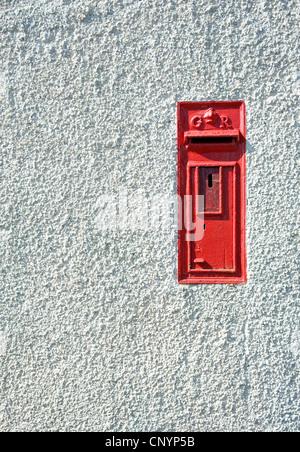 GR post box at Blackhead, County Antrim. - Stock Photo