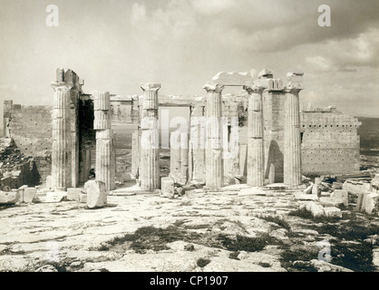 geography / travel, Greece, Athens, acropolis, Propylaea, eastern side, late 19th century, column, columns, citadel, - Stock Photo
