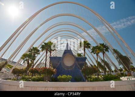 Umbrace Landscaped walk at the City of Arts and Sciences Valencia Spain - Stock Photo