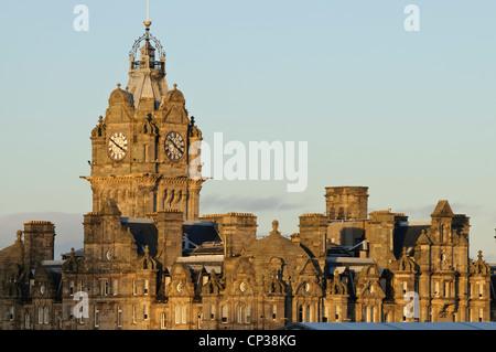 Winter light on the Balmoral Hotel, Edinburgh. - Stock Photo