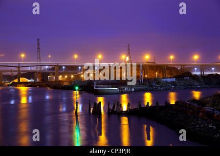 M4 Bridge over the Avon Nedd / River  Neath - Stock Photo
