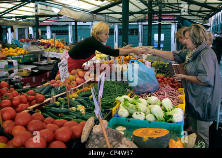 A fruit and veg stall in a Venice market, Italy. - Stock Photo