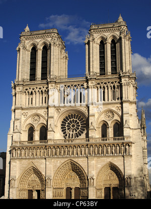 France. Paris. Notre Dame Cathedral. 12th - 14th centuries. West front. - Stock Photo
