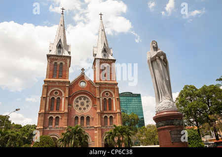 Notre Dame Cathedral and statue of Virgin Mary, Ho Chi Minh City, (Saigon), Vietnam - Stock Photo