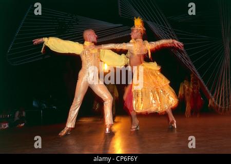 CUBA HAVANA NIGHT CLUB TROPICANA Marianao DANCERS - Stock Photo