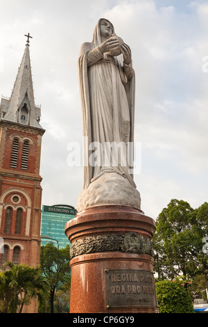 Statue of Virgin Mary outside Notre Dame Cathedral, Ho Chi Minh City, (Saigon), Vietnam - Stock Photo