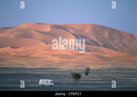 Morocco - Er Rachidia Province - Valley of the Ziz - Tafilalt - Merzouga. Desert dunes - Stock Photo