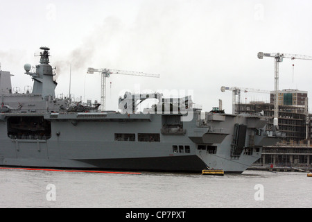 HMS Ocean of the Royal Navy is an amphibious assault ship - Stock Photo