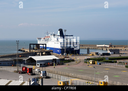 Roll on roll off ferries dock at the port of dover kent - Rosslare ferry port arrivals ...