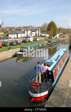 Canal and Telford's Inn Trevor Basin Wrexham Wales - Stock Photo