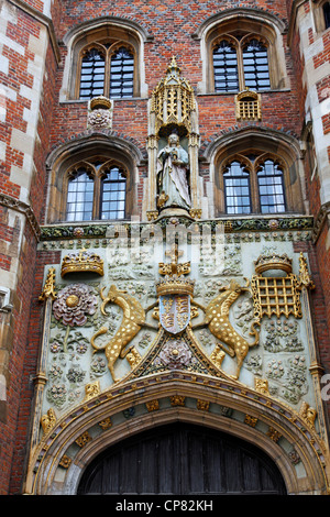 Crest on the entrance of St. Johns College, Cambridge, England - Stock Photo
