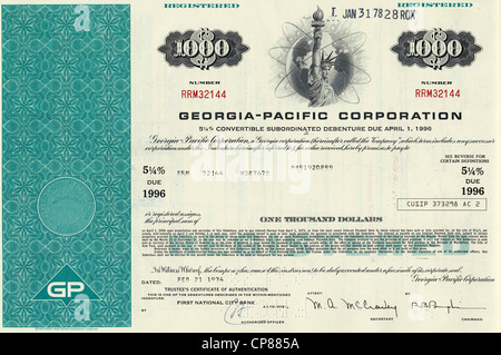 historic stock certificate, Statue of Liberty with a globe, Georgia-Pacific Corporation, an American pulp and paper - Stock Photo