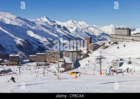 France, Savoie, Les Menuires ski resort in the Three Valleys, Des Bellevilles valley - Stock Photo