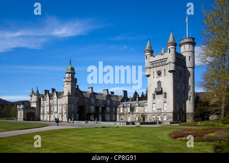 Balmoral Scottish castle and grounds in Spring,   - Royal residences - Crathie, Deeside Aberdeenshire, Scotland, - Stock Photo