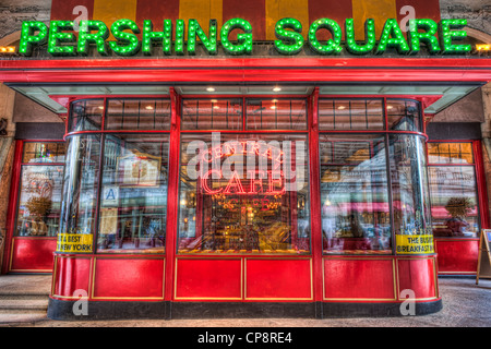 Pershing Square Central Cafe, located on 42nd street under the Park Avenue Viaduct in New York City. - Stock Photo