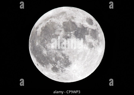 Super Moon at 100% full, taken at its perigee on 5 May 2012. A Super Moon occurs when a full moon is at its closest - Stock Photo