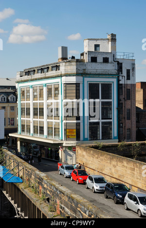 Art Deco building on the corner of Bold Street and Newington in Liverpool city centre. - Stock Photo