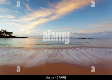 Sunrise at Cove Park, Kihei, Maui, Hawaii. - Stock Photo