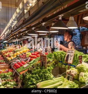 Pike Place public farmers Market Seattle - Stock Photo