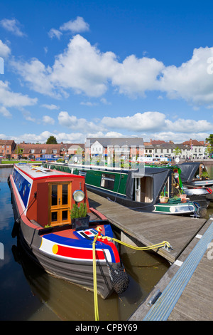 stratford upon avon bancroft canal basin with narrow boats moored Warwickshire England UK GB EU Europe - Stock Photo