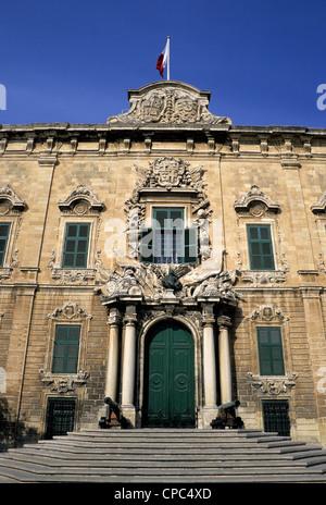 Valletta, Malta. Auberge de Castille, now the Prime Minister's Office. - Stock Photo