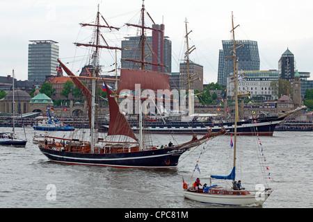 sailing ships, entering port parade, Harbour Birthday, Hamburg, Germany - Stock Photo