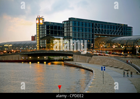 Hauptbahnhof (central station) at dawn and River Spree, Berlin, Germany, Europe - Stock Photo