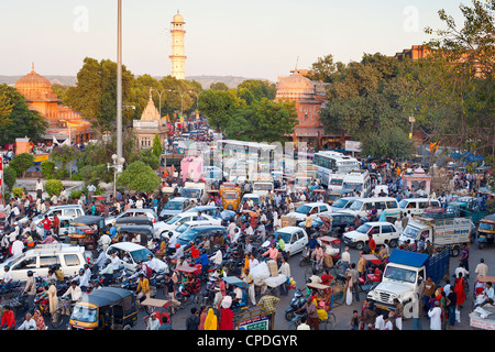 Traffic congestion and street life in the city of Jaipur, Rajasthan, India, Asia - Stock Photo