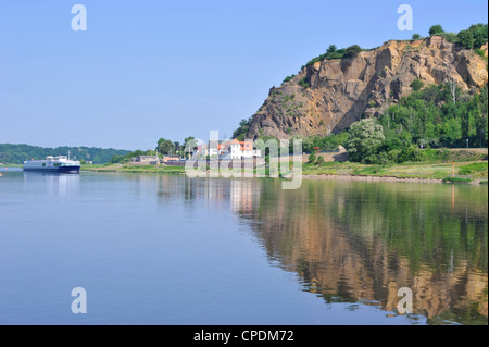 Cruise ship on the River Elbe near Meissen, Saxony, Germany, Europe - Stock Photo