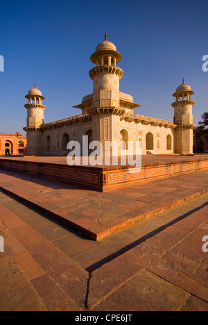 Itimad-Ud-Daulah, Agra, Uttar Pradesh, India, Asia - Stock Photo
