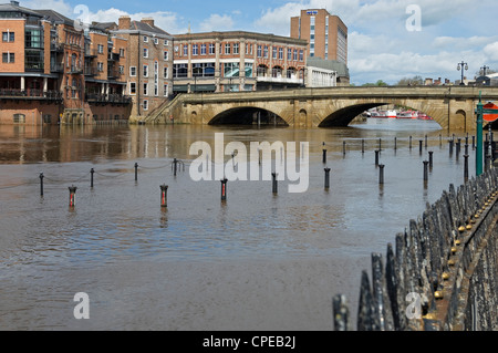 River Ouse in flood Kings Staith York North Yorkshire England UK United Kingdom GB Great Britain - Stock Photo