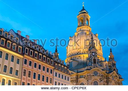 Dresden Frauenkirche Cathedral at night, Saxony, Germany | Nachtaufnahme der Dresdner Frauenkirche, Deutschland - Stock Photo
