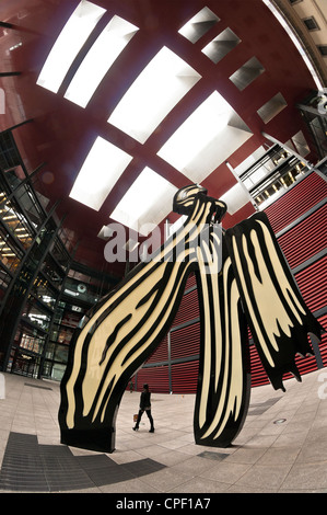 Roy Lichtenstein's brushstroke sculpture In the at the Centro de Arte Reina Sofia, Madrid, Spain - Stock Photo