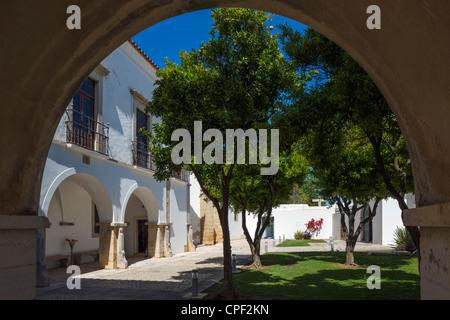Courtyard in the Se (Cathedral) in the Old Town (Cidade Velha or Vila Adentro), Faro, Algarve, Portugal - Stock Photo