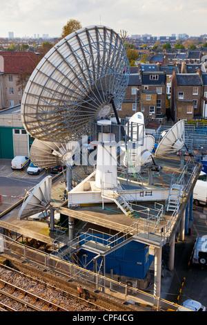 Satellite dishes at BBC Television Centre, Shepherds Bush, White City, London. JMH6005 - Stock Photo