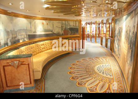 Details of the shopping arcade aboard the super deluxe cruise liner MS Deutschland, operated by Reederei Peter Deilmann - Stock Photo