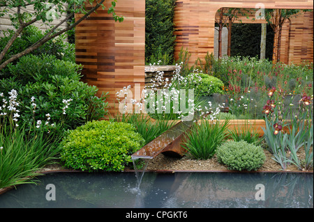 Lifestyle Garden with water feature - Stock Photo