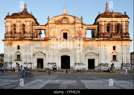 Basilica, Catedral de la Asuncion, Colonial, Leon, Nicaragua, Central America, church - Stock Photo