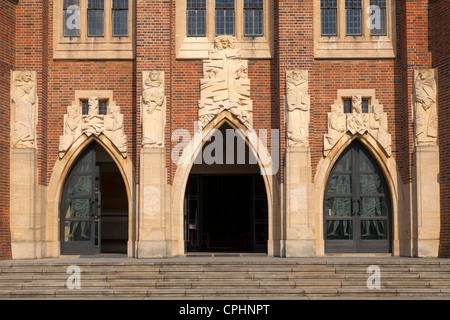 Exterior views of Guildford Cathedral - Stock Photo