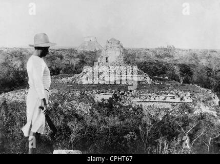 Maya ruins in Chichen Itza, 1925 - Stock Photo