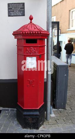Victorian Penfold Pillar Box in Tenby - Stock Photo