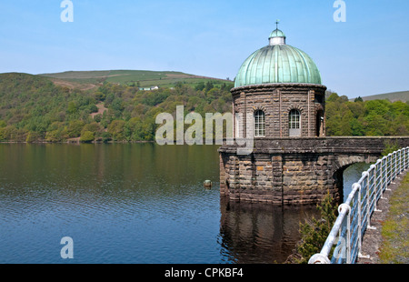 Copper domed tower on the Garreg Ddu reservoir in the Elan Valley Powys Mid Wales UK with the reservoir and hills - Stock Photo