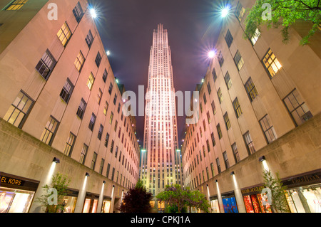 The GE Building stands as the centerpiece of the Rockefeller Center complex in New York, New York, USA. - Stock Photo