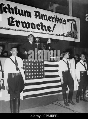 German-Americans at a meeting of the organisation of Nazi sympathisers 'Friends of New Germany' in New York, 8th - Stock Photo