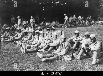 Captive French soldiers on the Western Front during the First World War, 1916 - Stock Photo