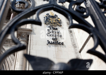 The Royal Courts of Justice, High Court, London, England, UK. - Stock Photo