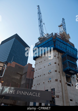 Construction site of the The Bishopsgate Tower or 'The Pinnacle' on Bishopsgate, London. - Stock Photo