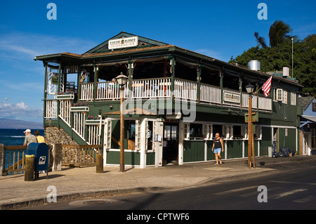 Elk284-4126 Hawaii, Maui, Lahaina, Front St, Cheese Burger In Paradise restaurant on the waterfront - Stock Photo