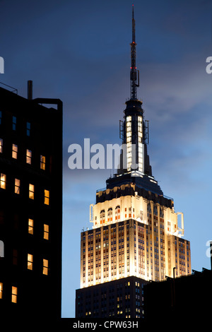 Empire State Building at dusk on Fifth Avenue in Manhattan, New York City