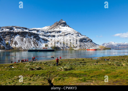 Expedition ship passengers landing at Grytviken, South Georgia Island - Stock Photo